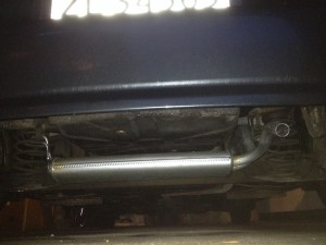 20140107-new-exhaust-on-the-aygo-1